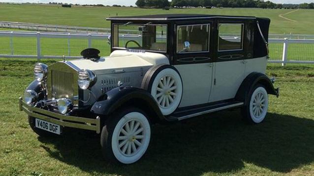 Imperial Viscount Landaulette wedding car for hire in Worcester Park, Surrey