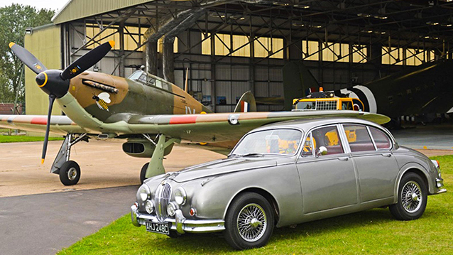 Jaguar MK II wedding car for hire in Leicester, Leicestershire