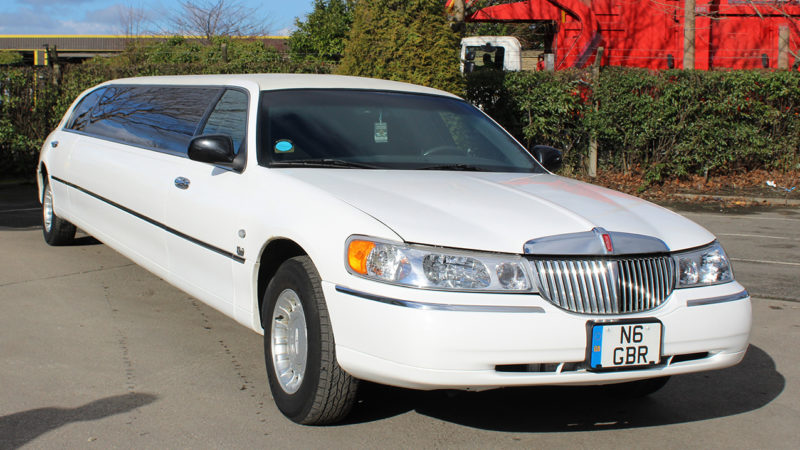 Lincoln 30ft USA Stretched Limousine wedding car for hire in Bradford, West Yorkshire