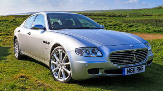 Maserati Quattroporte wedding car for hire in Basingstoke, Hampshire