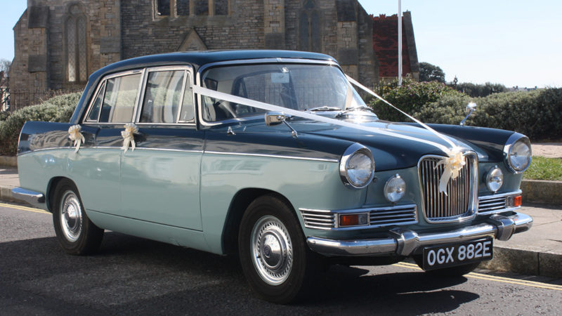 Riley 4/72 Saloon wedding car for hire in Portsmouth, Hampshire