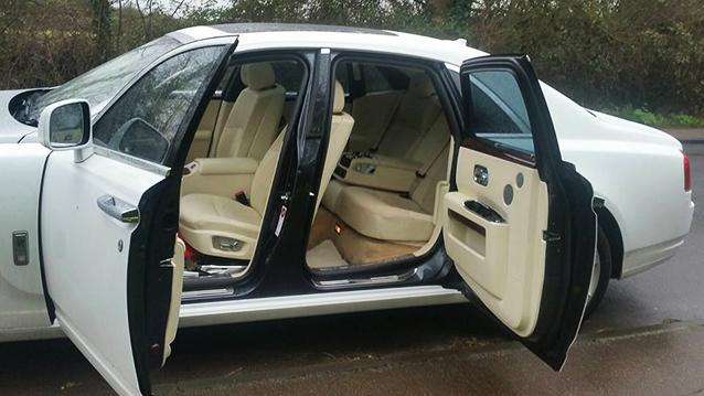 Rolls-Royce Ghost wedding car for hire in Milton Keynes, Buckinghamshire