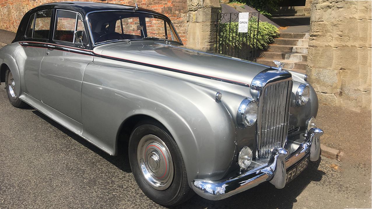 bentley-wedding-car-hire-warwickshire