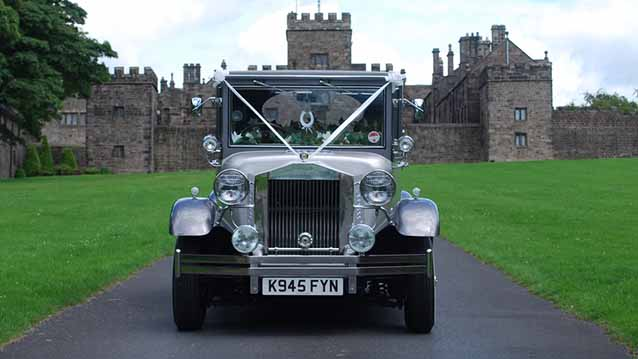 Imperial Landaulette wedding car for hire in Chesterfield, Derbyshire