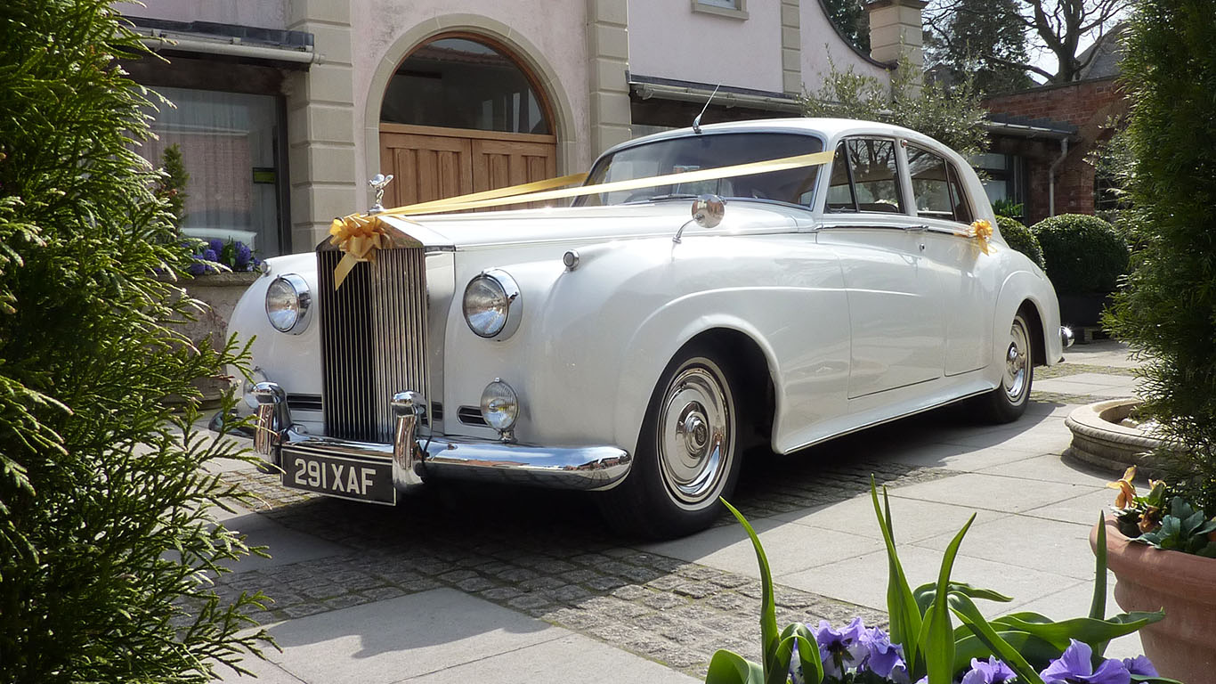 Rolls-Royce silver Cloud is our No1 Top 10 Most Popular Wedding Cars