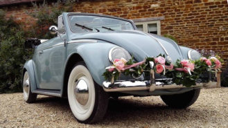 Volkswagen Beetle Karmann Convertible wedding car for hire in Bracknell, Berkshire