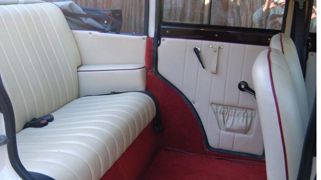 Badsworth Landaulette wedding car for hire in East London