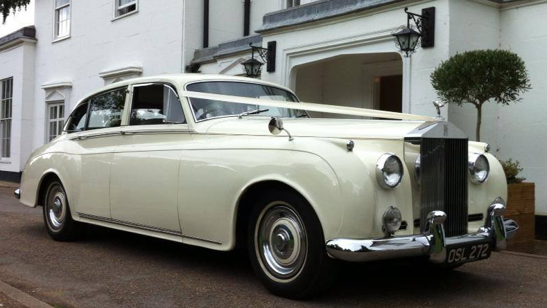 Rolls-Royce Silver Cloud I LWB wedding car for hire in East London