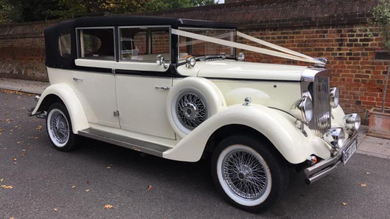 Regent Landaulette wedding car for hire in East London