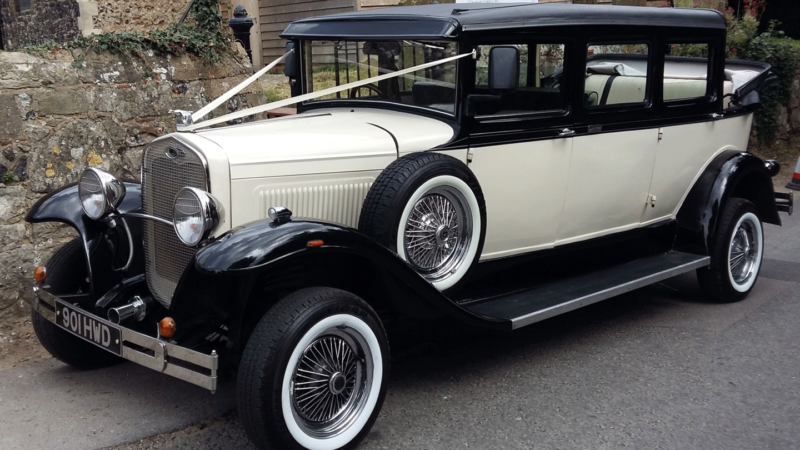 Bramwith Landaulette wedding car for hire in East London
