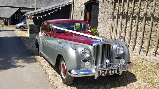 Bentley 'R' Type C20 wedding car for hire in Meshaw, Devon