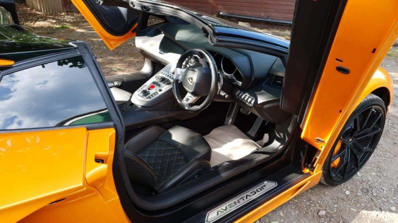 Lamborghini Aventador V12 wedding car for hire in North London