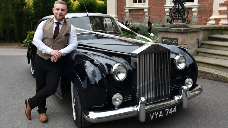 Rolls-Royce Silver Cloud I wedding car for hire in Burton-Upon-Trent, Derbyshire