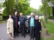 Michael Keene with 'The Kinks' Musician Dave Davies and Actor Richard Briers and their wives