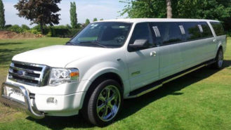 Ford Typhoon Stretched Limousine wedding car for hire in Milton Keynes, Buckinghamshire