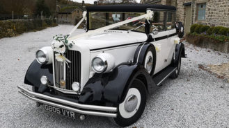Regent Landaulette wedding car for hire in Barnsley, South Yorkshire