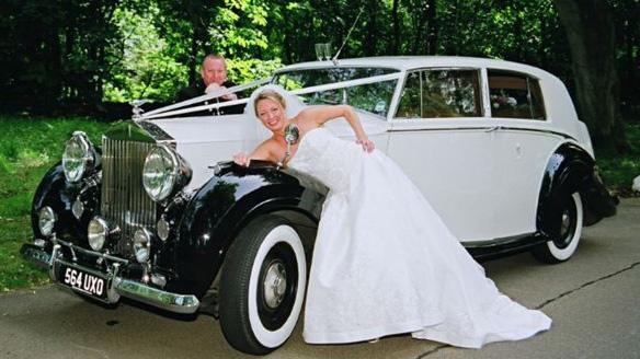 Rolls-Royce Silver Wraith wedding car for hire in Glasgow, Scotland