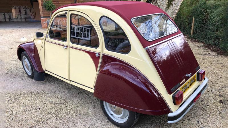 Citroen 2CV Convertible wedding car for hire in Wheatley, Oxfordshire