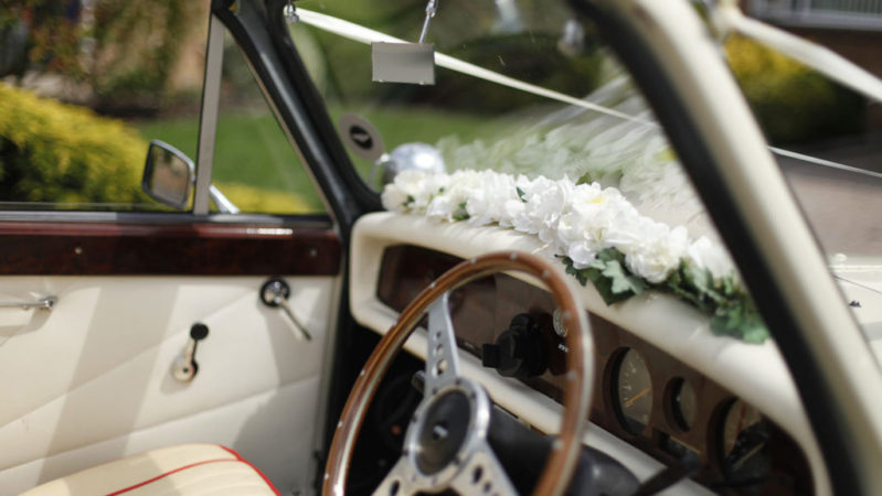 Beauford Convertible wedding car for hire in Chippenham, Wiltshire