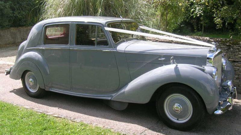 Bentley MKVI wedding car for hire in Aylesbury, Buckinghamshire