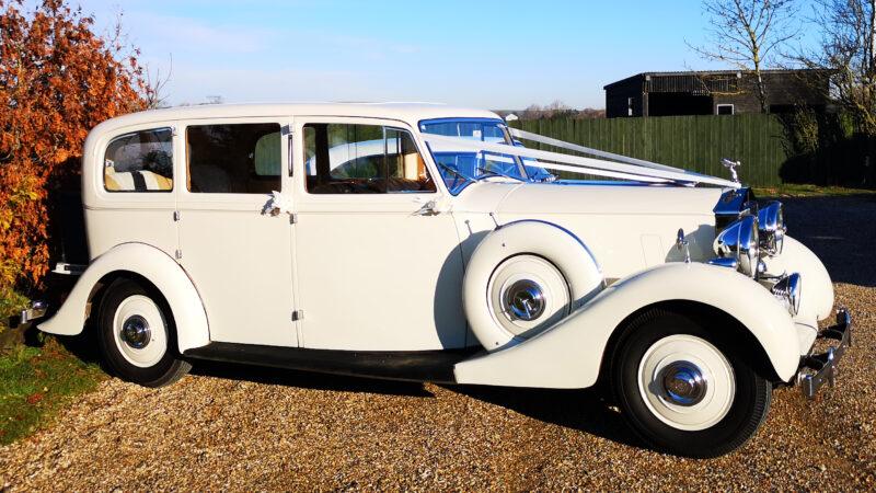 Rolls-Royce Wraith Limousine wedding car for hire in Basildon, Essex