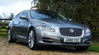 Jaguar XJ LWB wedding car for hire in Oxford, Oxfordshire