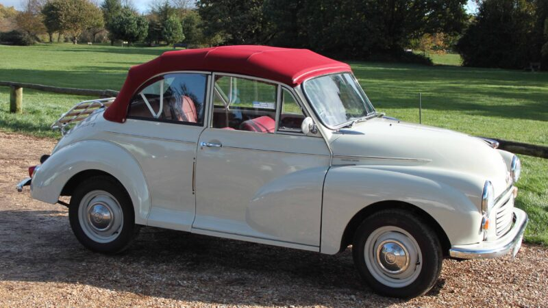 Morris Minor 1000 Convertible wedding car for hire in Southampton, Hampshire